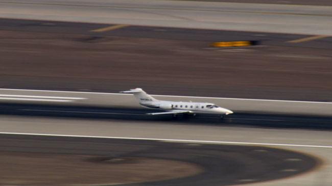 【mov】飞机起飞全过程高清大屏幕视频素材