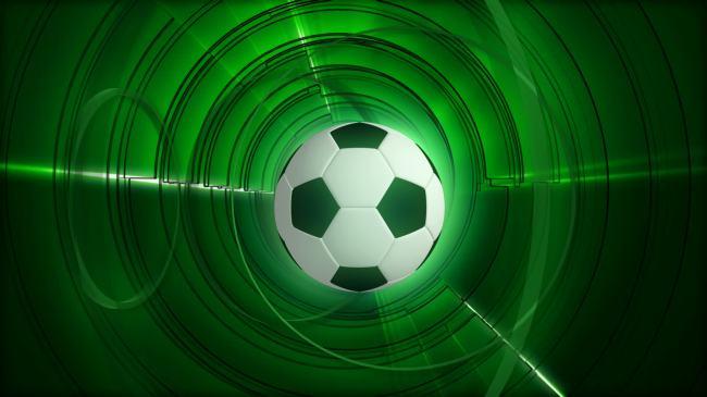 视频素材|片头片尾 动态视频素材 > 旋转足球特写绿色背景光环环绕