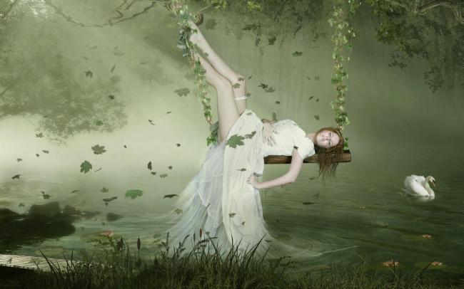 关键词: 梦幻 迷雾 迷离 女孩 女性 女子 少女 秋千 荡秋千 湖泊
