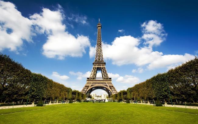 世界景观 背景素材 高清摄影风景图片 壁纸 下载 说明:法国埃菲尔铁塔