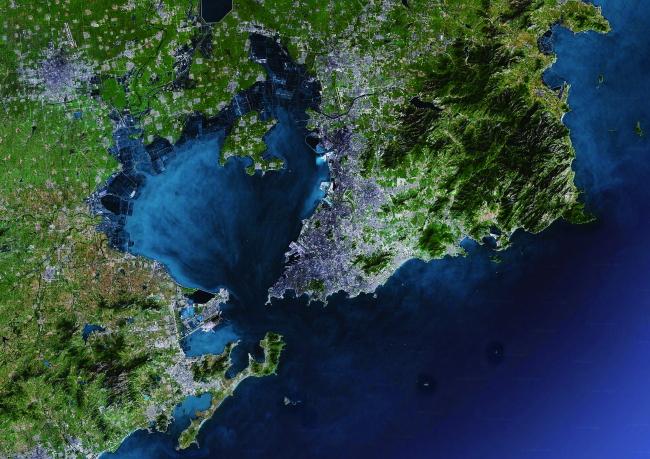 > 卫星地图  关键词: 青岛 鸟瞰 地形 地球 地图 地形地图 卫星地图